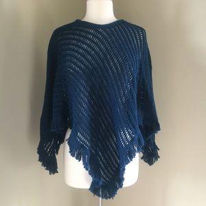 Vintage Ann Arbor crochet knit fringe teal poncho